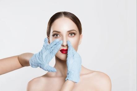 الجراحات التجميلية
